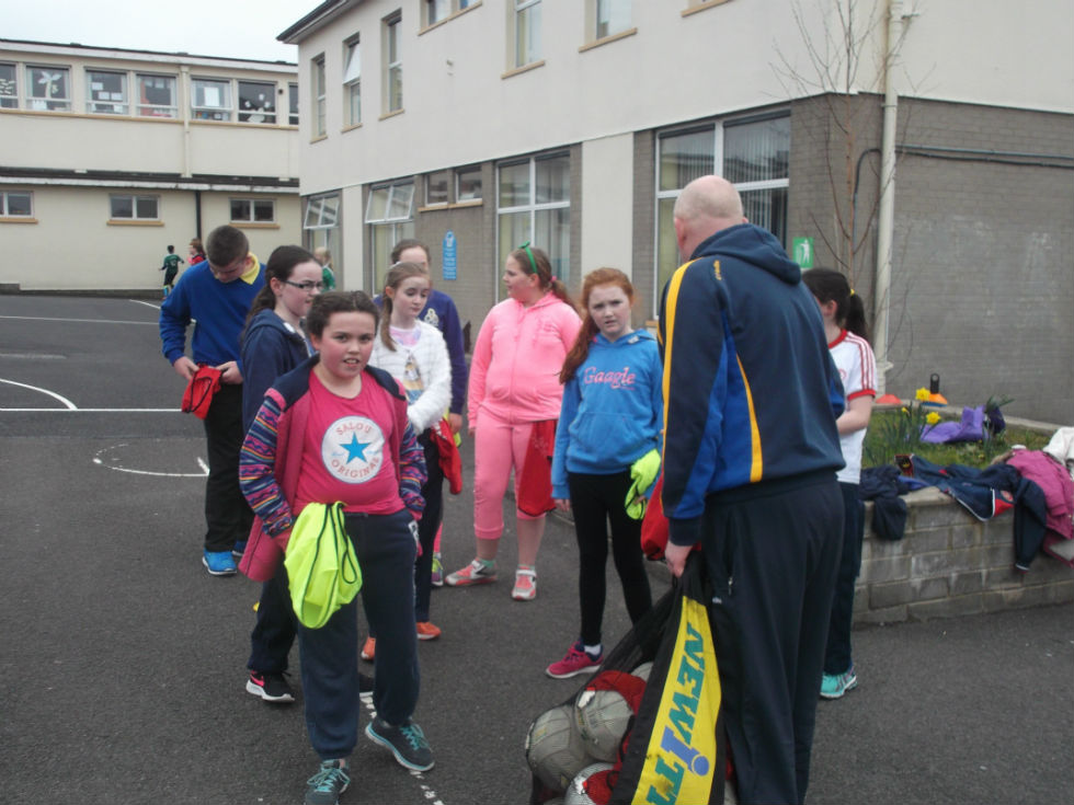 7a0c583686a9 Geals coach Cyril Dunne puts Holy Trinity pupils through their paces