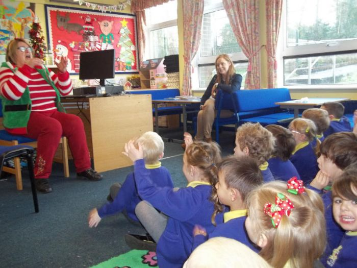 Marion getting into character as she tells Christmas stories to Mrs McElroy's P1 class