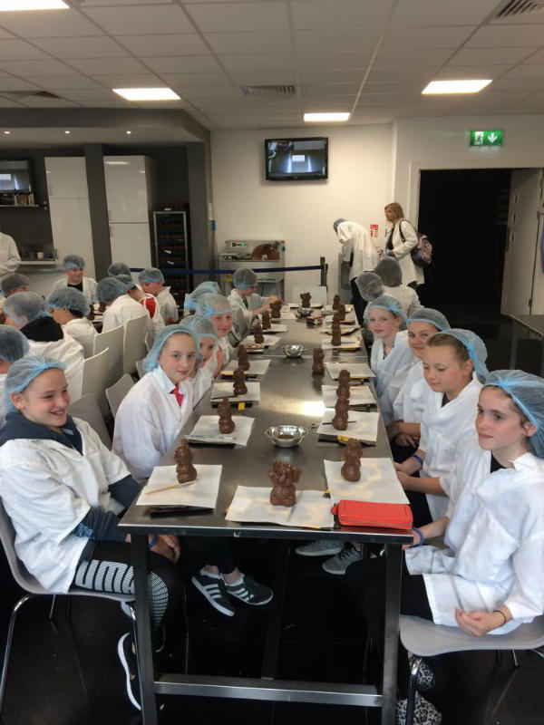 P7 Dublin Trip: Decorating chocolate models