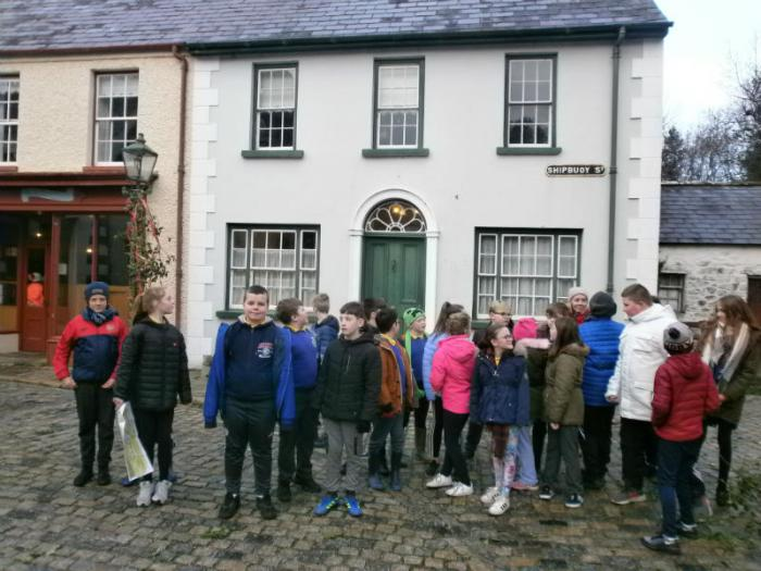 P7s tour the 'New World' streets during their trip to the Ulster American Folk park